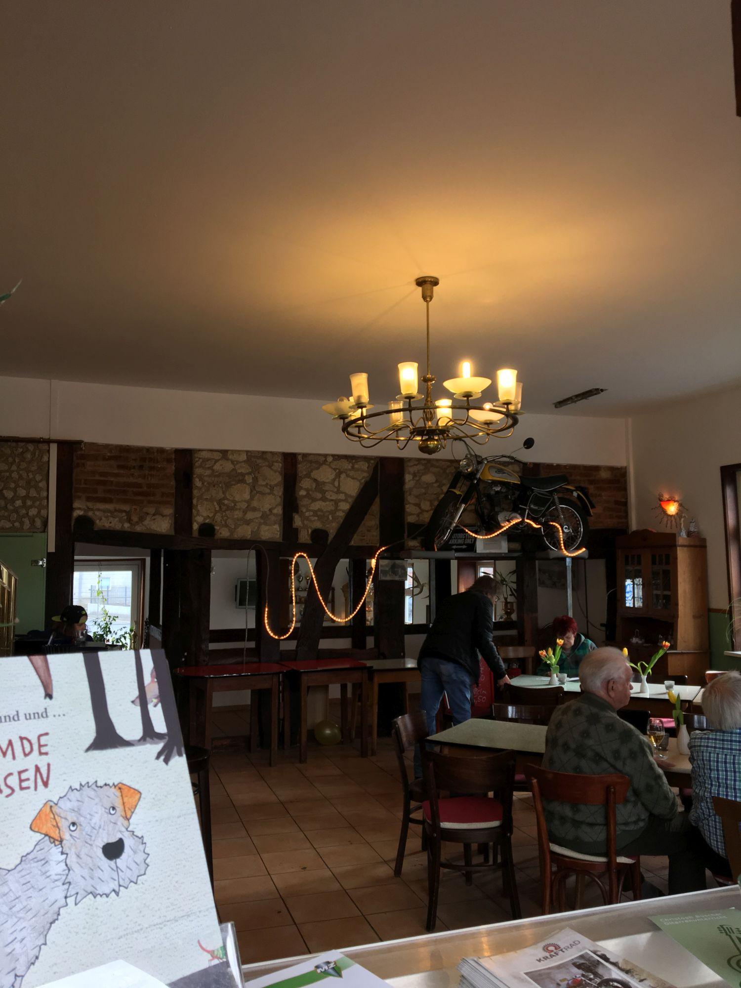 Noerdliches_Harzvorland_Reitlingstal_Elm_Cafe_Vintage_innen_4