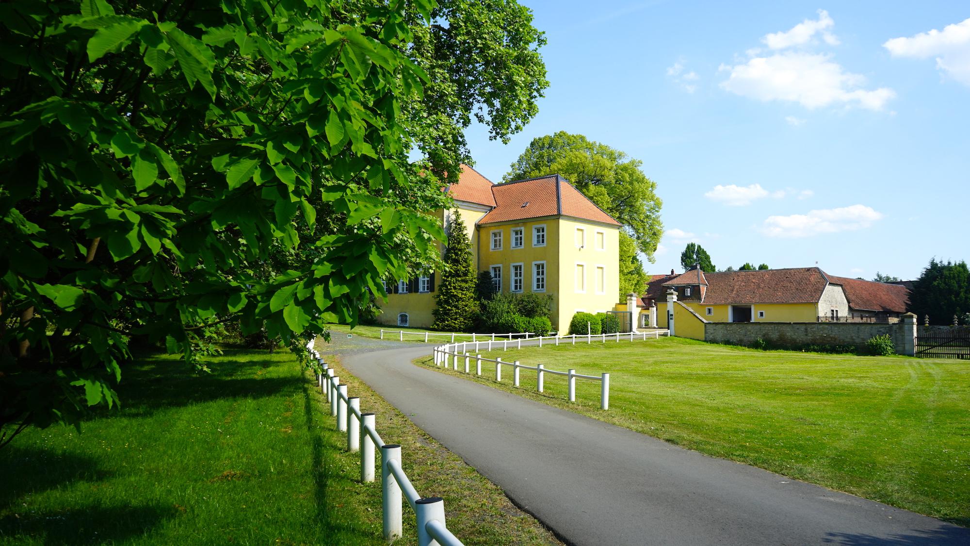Schloss Destedt / Beate Ziehres