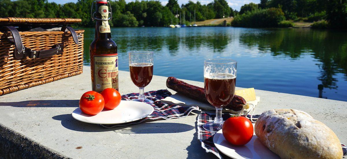Picknick am Vienenburger See / Beate Ziehres