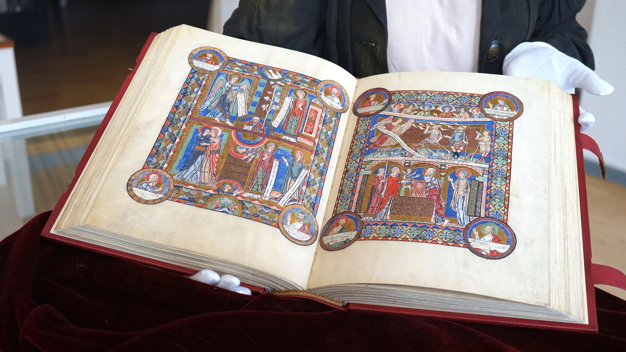 Faksimile des Evangeliars Heinrich des Löwen im Heimatmuseum Hornburg / Beate Ziehres